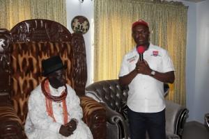 Dr Dakuku Peterside APC governorship candidate and His   Royal Highness Eze Igbu-Igbuduya of Ekpeye land