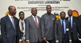 Exploration Geoscientist, The Shell Petroleum Development Company, Dr. Adelola Adesida; Deputy Registrar, University of Ibadan, Mr Victor Adegoroye; Vice Chancellor, Professor Abel Olayinka; SPDC's General Manager, External Relations, Mr. Igo Weli; Deputy Vice Chancellor, Prof. Ambrose Aiyelari; and the Dean, Faculty of Science, Prof. Anthony Onilude, at the inauguration of the university's SPDC JV Subsurface Centre
